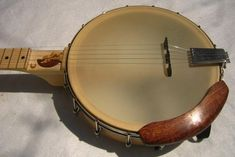 Adding a frailing scoop - Discussion Forums - Banjo Hangout Old Country Music, Hammer And Chisel, Miles Davis, Magic Words, Banjo, Music Instruments, Gumbo, Silhouette, Image