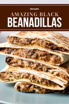 Amazing Black Beanadillas Best Vegetarian Recipes, Healthy Dinner Recipes, Mexican Food Recipes, Mexican Cooking, Healthy Lunches, Simple Recipes, Healthy Eating, Yummy Quesadillas, Incredible Recipes