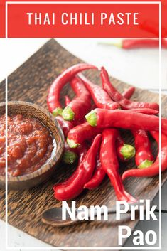 Let's Make Homemade Thermomix Thai Chili Paste! I have a surplus of chillies from my garden at the moment so I'm sharing this delicious Thai Chili sauce! Thai Chili Pepper Recipe, Thai Chili Paste Recipe, Chilli Paste, Thai Cooking, Asian Cooking, Pao Recipe, Thai Peppers, Chilli Jam, Sauces