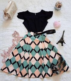 30 Trendy Summer Outfits Ideas for Teen Girls to Try Teen Fashion Outfits, Mode Outfits, Skirt Outfits, Cute Fashion, Fashion Dresses, Moda Fashion, Fashion Fashion, Dress Skirt, Midi Skirt