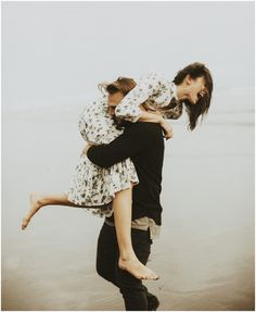 Pick me up, throw me over your shoulder, and run away with me. Couple sharing a tender moment together and in love. Couple Posing, Couple Portraits, Couple Shoot, Image Couple, Photo Couple, Couple Photography, Engagement Photography, Happy Photography, Poses