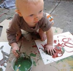 Natural, Earth friendly and non toxic Toddler paints.