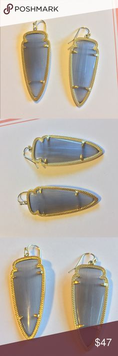"""Kendra Scott Skylar Slate earrings - LIKE NEW Perfect condition. Made for daytime style or evening glam, the slate gray hues in these arrowhead shaped Skylar earrings are a timeless favorite.  • 14K Gold Plated Over Brass • Size: 2.25""""L X 0.75""""W on earwire • Material: slate cat's eye Kendra Scott Jewelry Earrings"""