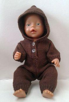 Babyborn Onesie by Brigitte van de Sande: 1) http://www.ravelry.com/patterns/library/babyborn-onesie 2) http://www.breienmetplezier.nl/onesie_BB.pdf