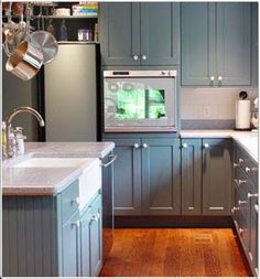kitchen colors with blue cabinets white knobs Blue Kitchen Cabinets, Green Cabinets, Shaker Kitchen, White Quartz Counter, White Countertops, Grey Kitchens, Cool Kitchens, Kitchen Colors, Kitchen Ideas