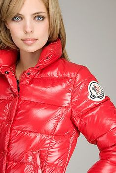 Model in an awsome red Moncler Clairy puffa North Face Rain Jacket, Rain Jacket Women, Raincoat Outfit, Hooded Raincoat, Nylons, Moncler Jacket Women, Coat Pattern Sewing, Raincoats For Women, Wraps