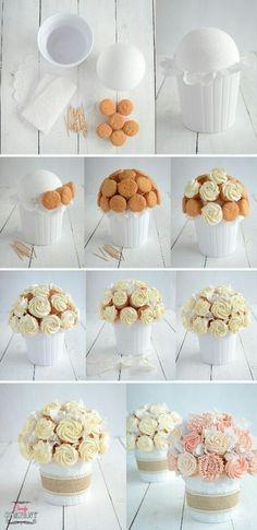 bukiet z babeczek cupcake bouquet DIY Cupcakes Design, Cake Designs, Cake Decorating Techniques, Cake Decorating Tips, Cookie Decorating, Cupcake Flower Bouquets, Flower Cupcakes, Cupcakes Amor, Food Bouquet