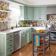 See how you can transform an outdated kitchen for just $5,000 (plus appliances). -- Lowe's Creative Ideas