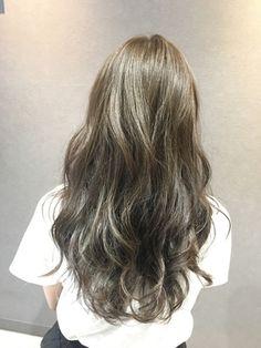 秋色シルバーグレージュ - 24時間いつでもWEB予約OK!ヘアスタイル10万点以上掲載!お気に入りの髪型、人気のヘアスタイルを探すならKirei Style[キレイスタイル]で。