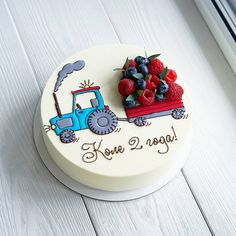 Another representative of the vehicle with berries🚜😊. 🌿 Assortment and prices here 👉 Cooking Cake. Baby Birthday Cakes, Baby Cakes, Fondant Cakes, Cupcake Cakes, Decoration Patisserie, Cooking Cake, Strawberry Cakes, Food Cakes, Pretty Cakes