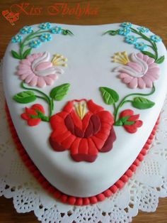 Cakes with decoration style based upon traditional Magyar (Hungarian) Folk embroidery styles.
