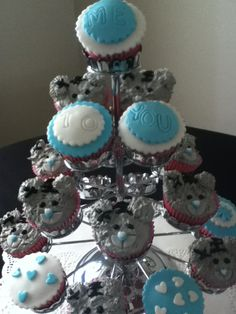 me to you  cupcakes   by homemade by june