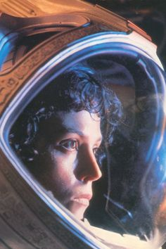 The 35 Best Scream Queens in Film History Sigourney Weaver in Alien The 35 Best Scream Queens Sci Fi Horror, Arte Horror, Horror Films, Alien Films, Aliens Movie, Alien 1979, Jamie Lee Curtis, Alien Sigourney Weaver, Scream