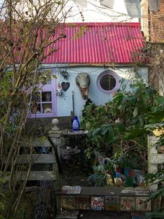 Artist's House on Eel Pie Island near Twickenham/Teddington, UK.