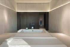 URSPA, The Puyu Wuhan, Urban Resort Concepts Hotel, --China---like the stone used Spa Luxe, Luxury Spa, Spa Design, Wuhan, Sauna Lights, Spa Treatment Room, Spa Lighting, Spa Rooms, Villa