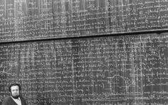 Beautiful math and physics blackboards Chalkboard Pictures, Understanding Women, Rare Historical Photos, Art Graphique, Blackboards, Tantra, Old Photos, Picture Photo, Need To Know