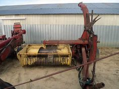 New Holland 890 harvester salvaged for used parts. This unit is available at All States Ag Parts in Downing, WI. Call 877-530-1010 parts. Unit ID#: EQ-25387. The photo depicts the equipment in the condition it arrived at our salvage yard. Parts shown may or may not still be available. http://www.TractorPartsASAP.com