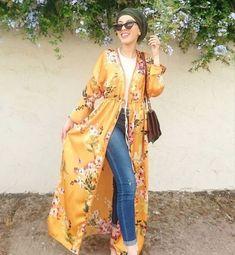 floral kimono-Pinky Casual wear for women – Just Trendy Girls Modesty Fashion, Abaya Fashion, Muslim Fashion, Fashion Dresses, Hijab Style, Turban Style, Hijab Chic, Gilet Kimono, Mode Kimono