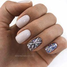 43 Pretty Nail Art Designs for Short Acrylic Nails Sparkly Short Acrylic Nails Stylish Nails, Trendy Nails, Cute Nails, Acrylic Nail Designs, Nail Art Designs, Gel Nails, Acrylic Nails, Toenails, Acrylic Art