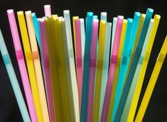 Plastic Straws Aren't the Problem Ocean Pollution, Plastic Pollution, Environmental Pollution, Environmental Issues, Oregon House, Plastic Items, Plastic Bags, Plastic Products, Plastic Bottles