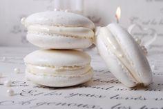 Birthday cake white
