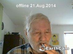 meine EarthCam ist wenn ich möchte LIVE online kann mich entweder selbst zeigen oder einen Blick auf den Garten unter uns werde noch herausfinden wie ich per Smartphone direkt zu EarthCam von unterwegs Fotos raufladen kann  http://www.mycampage.com/usercam_legacy.php?d=phukradung