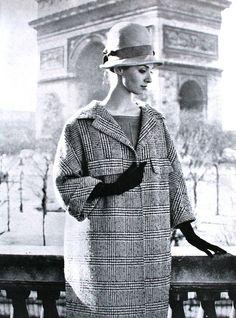 Femme Chic, Printemps 1960.  Jacques Heim. Photo: Rico Puhlmann.