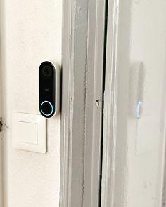 NEST sonnette hello Apple Tv, Nest, Remote, Computer Network, Pile Driver, Nest Box, Pilot