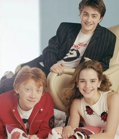 Harry Potter, alcohol and fame: 35 photographs of the evolution of Daniel Radcliffe - 30 photographs of the evolution of Daniel Radcliffe 6 - Michael Angarano, Michael Cera, Harry Potter Kawaii, Harry Potter Cast, Tyler Posey, Daniel Radcliffe, Imprimibles Harry Potter, Mary Johnson, Cat Noir