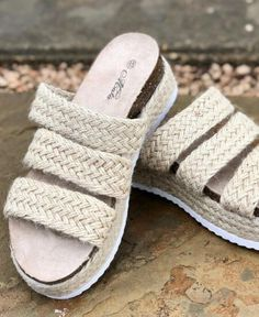 Southern Mess Boutique    Mata Priscilla Sandals in Beige Knit $29.99  #outfitoftheday #styleoftheday  #outfitinspiration #ootd #onlineboutique #boutique #onlineshopping #fashion #love #shopsmall #trend #style #fashion #womensclothing #shoplocal #styleblogger #womensfashion #wearitloveit #2020fashion #casualstyle #casualoutfit #sandals #platforms #summer #slipon