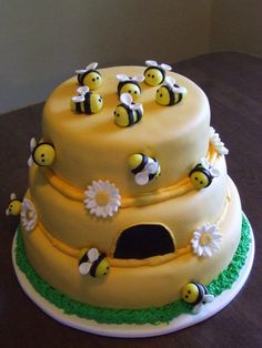 cute cake for mother to BEE