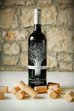 EnOeno wine storm abstract