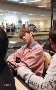 daniel sleeping is kyoot [ ] Daniel K, Guan Lin, Prince Daniel, Produce 101 Season 2, Kim Jaehwan, Ha Sungwoon, Street Dance, Antara, Seong