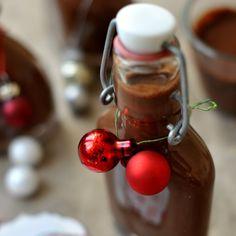 csoki likőr Chocolate Fondue, Cherry, Food And Drink, Fruit, Drinks, Desserts, Drinking, Tailgate Desserts, Beverages