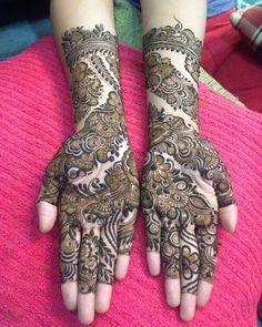 No photo description available. New Mehndi Designs 2018, Rose Mehndi Designs, Simple Arabic Mehndi Designs, Indian Mehndi Designs, Stylish Mehndi Designs, Full Hand Mehndi Designs, Mehndi Design Photos, Wedding Mehndi Designs, Mehndi Images