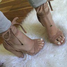 Leg Wrap Platform Chunky Heels