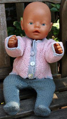 Foto af BabyBorn dukke med dominotrøje