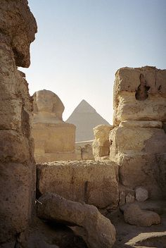 The Sphinx and the Great Pyramid (I've always had a thing for ancient Egypt)