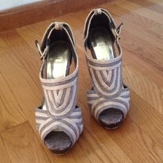 HEELS SIZE 5.5 Neutral high heels size 5.5. Great condition!! Bakers Shoes Heels