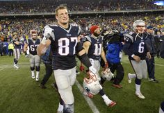 Watch Rob Gronkowski shake it with 'somebody's mom' after the Patriots beat the Colts - The Washington Post