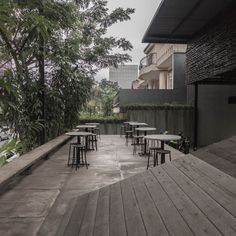 Terrace of a coffee shop [Bakoel Koffiee Bintaro by Andra Matin Architect]