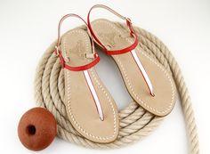 sandali capresi in pelle fatti a mano su misura ...... quelli che piacevano a jackie kennedy riproposti da dea sandals collection in versione bicolor.visita il nostro e-shop www.deasandals.com