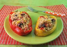 • Peperoni ripieni di cous cous - Ricetta Peperoni ripieni di cous cous di GnamGnam