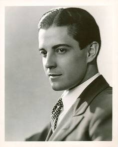 George Hurrell - Ramon Novarro (1920s)
