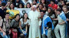 . . Papa Francisco: Este mundo en guerra necesita la fraternidad de los jóvenes VATICANO, 03 Ago. 16 / 06:53 am (ACI).- Este mundo que…