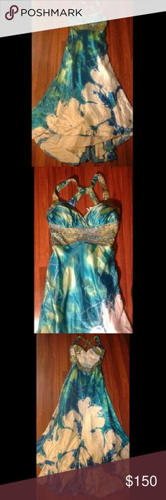 Dress Multi colored dress New with tags Size 14 Dresses Prom