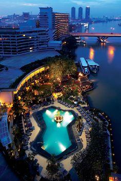 Shangri-la Bangkok in Bangkok Top Hotels, Hotels And Resorts, Best Hotels, Luxury Hotels, Amazing Hotels, Bungalows, Shangri La Hotel Bangkok, Sea Life Bangkok, Bali