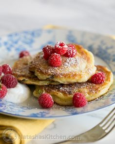 Ukrainian Syrniki Recipe (Cheese Pancakes) – replace flour in recipe with almond flour, and flour for dredging with tapioca.