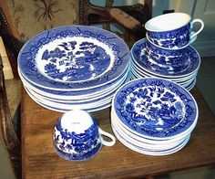 Blue Willow design dishes.  My Mom had a set once upon a time when I was a little girl...wish she hadn't sold them, I would have kept them