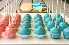 Salmon and turquoise sea theme cake pops, cake balls and cookies #cakepops #cookies